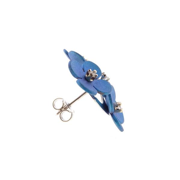 Orecchini oro bianco e fiori blu (T003-BB)